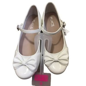 CHILDREN'S PLACE | White Bow Flats w/ Buckle Strap